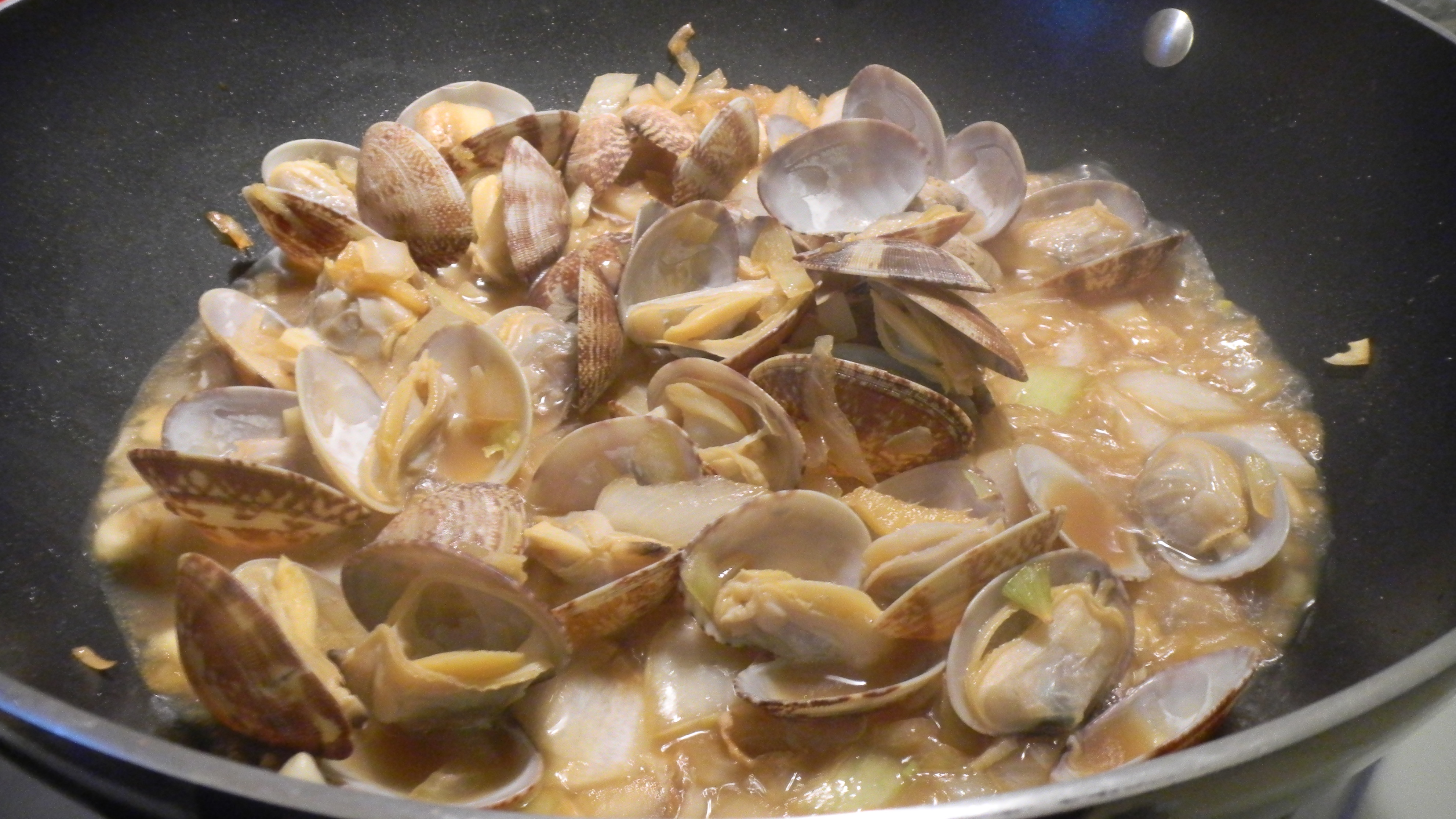 how to cook frozen cockle clams